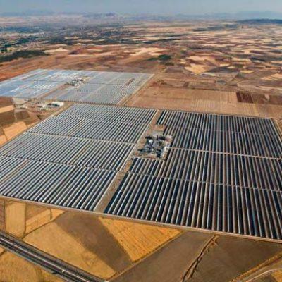 Renewable energy engineering solar power plant - ingeniería de energías renovables - Energía Termosolar